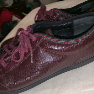 100% Gucci shoes